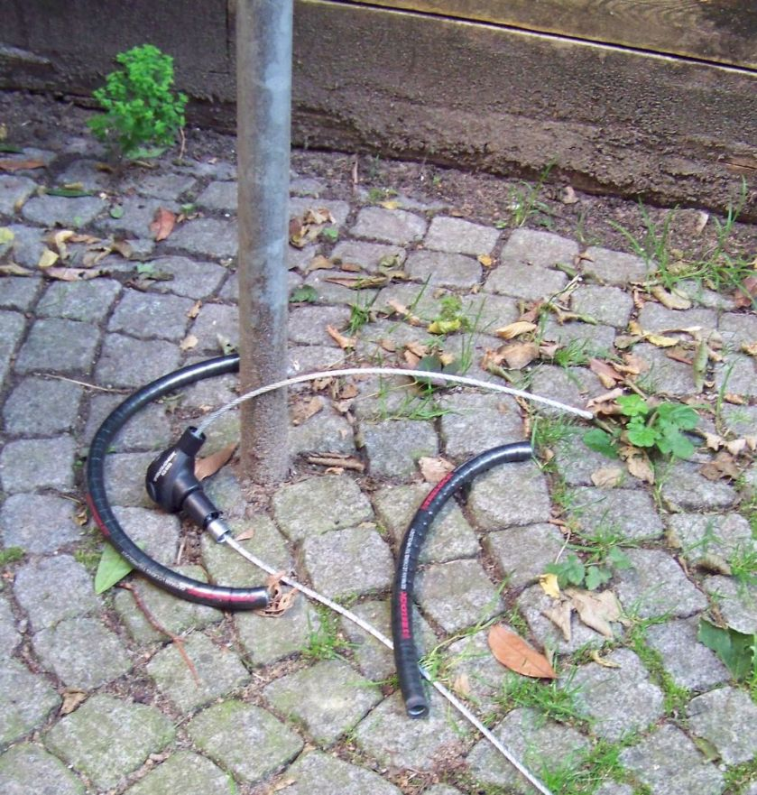 sliced-cable-lock-stolen-bike-lettershometoyou